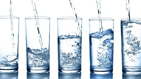 Когда полезнее всего пить воду?